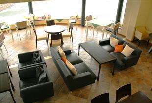 カフェ「NAGOMI STAG